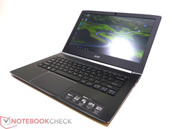 Slim subnotebook with bright and matte IPS display