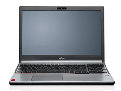Combines performance and mobility: The Fujitsu Lifebook E754 is a balanced all-rounder.