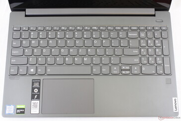 Identical key layout as on the IdeaPad S540-15IWL. Fingerprint reader on right-hand corner